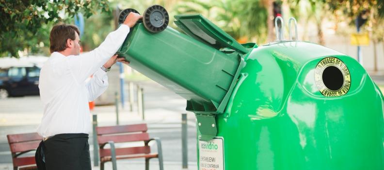 Ecovidrio y el Ayuntamiento de Castellón de la Plana fomentan el reciclado de envases de vidrio durante Magdalena 2019